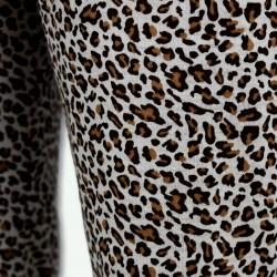 Pijama Wilds, camisa y pantalón largo, pijama de otoño invierno, detalle del pantalón